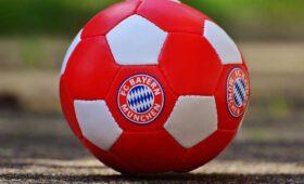 Para el FC Bayern München Mia san Mia en el dialecto bávaro literalmente significa Nosotros somos Nosotros.
